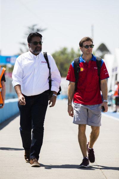 Dilbagh Gill, CEO and Team Principal, Mahindra Racing, and Jérôme d'Ambrosio (BEL), Mahindra Racing