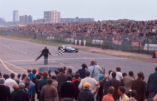 1969 Dutch Grand Prix.Zandvoort, Holland.19-21 June 1969.Jackie Stewart (Matra MS80 Ford) 1st position.Ref-69 HOL 06.World Copyright - LAT Photographic