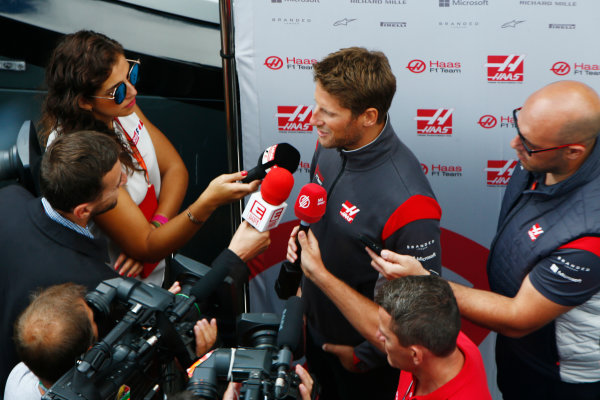 Spa Francorchamps, Belgium.  Thursday 24 August 2017. Romain Grosjean, Haas F1, talks to the media. World Copyright: Andy Hone/LAT Images  ref: Digital Image _ONY3017