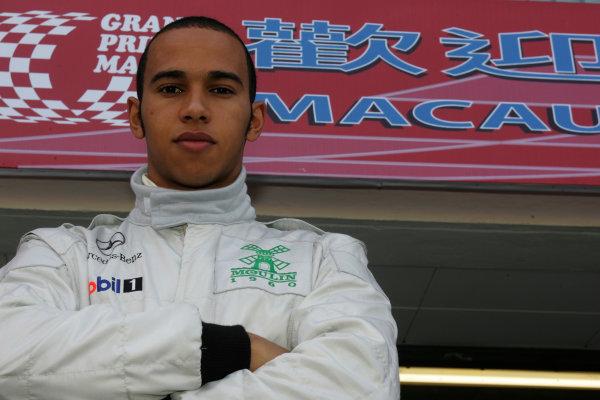2004 Macau Grand Prix.51st Formula Three Race.Lewis Hamilton (GBR), Manor Motorsport. Portait Circult de Guia, Macau.18th-21st November 2004.World Copyright: Glenn Dunbar/LAT.Digital Image Only.