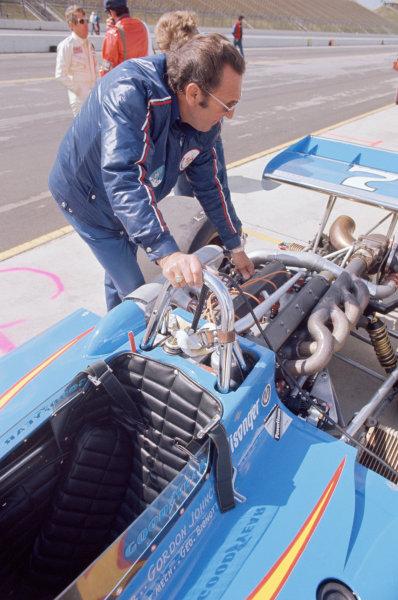 1974 USAC Indycar Series.Ontario, California, USA. 3rd-10th March 1974.George Bignotti, chief mechanic for Gordon Johncock.World Copyright: Murenbeeld/LAT Photographic