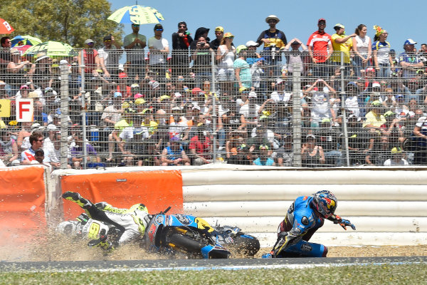 2017 MotoGP Championship - Round 4 Jerez, Spain Sunday 7 May 2017 Jack Miller, Estrella Galicia 0,0 Marc VDS, Alvaro Bautista, Aspar Racing Team crash World Copyright: Gold & Goose Photography/LAT Images ref: Digital Image 16037