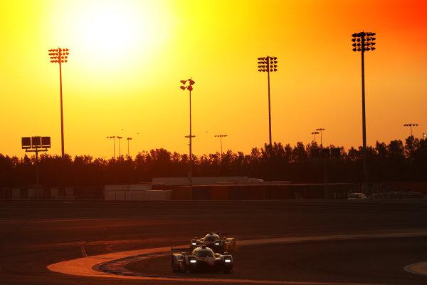 2017 FIA World Endurance Championship, Bahrain International Circuit, Bahrain. 16th-18th November 2017, #8 Toyota Gazoo Racing Toyota TS050-Hybrid: Sebastien Buemi, Anthony Davidson, Kazuki Nakajima    World Copyright. JEP/LAT Images