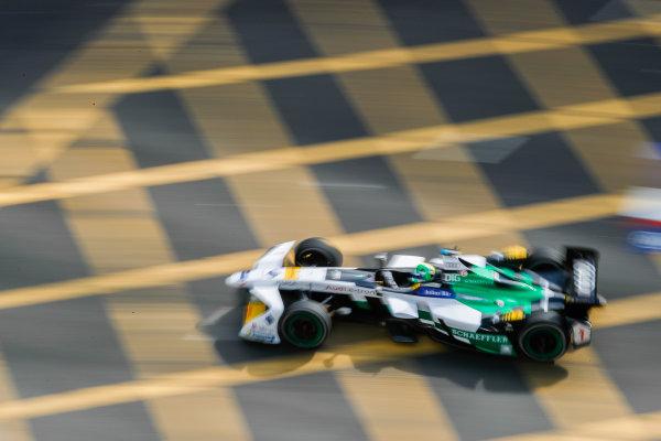 2017/2018 FIA Formula E Championship. Round 1 - Hong Kong, China. Saturday 02 December 2017. Lucas Di Grassi (BRA), Audi Sport ABT Schaeffler, Audi e-tron FE04. Photo: Alastair Staley/LAT/Formula E ref: Digital Image _ALS5975