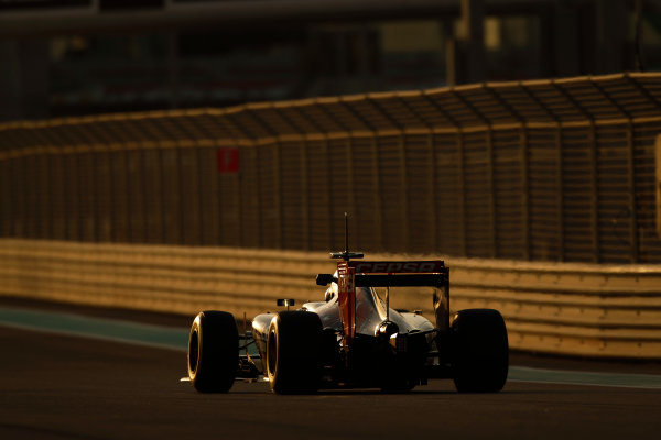 Yas Marina Circuit, Abu Dhabi, United Arab Emirates. Tuesday 25 November 2014. Max Verstappen, Toro Rosso STR9 Renault.  World Copyright: Sam Bloxham/LAT Photographic. ref: Digital Image _G7C8456