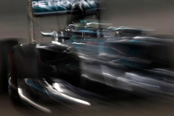 Yas Marina Circuit, Abu Dhabi, United Arab Emirates. Saturday 22 November 2014. Nico Rosberg, Mercedes F1 W05 Hybrid. World Copyright: Andrew Ferraro/LAT Photographic. ref: Digital Image _FER0509