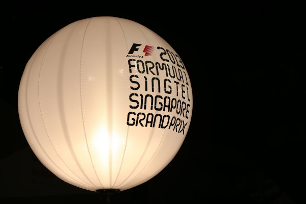 Marina Bay Circuit, Singapore. Thursday 19th September 2013. Singapore GP logos on a baloon. World Copyright: Andy Hone/LAT Photographic. ref: Digital Image HONZ0755