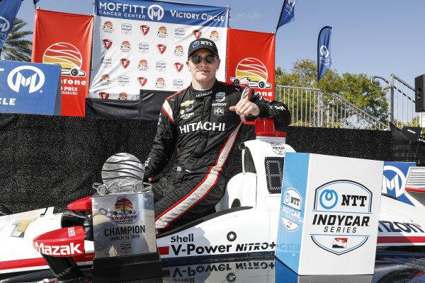 Josef Newgarden, Team Penske Chevrolet, podium
