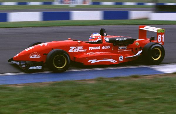 2000 British Formula Three Donington, England. 1st - 2nd July 2000. Rd 7&8. Gary Paffett, action. World - Peter Spinney/ LAT Photographic