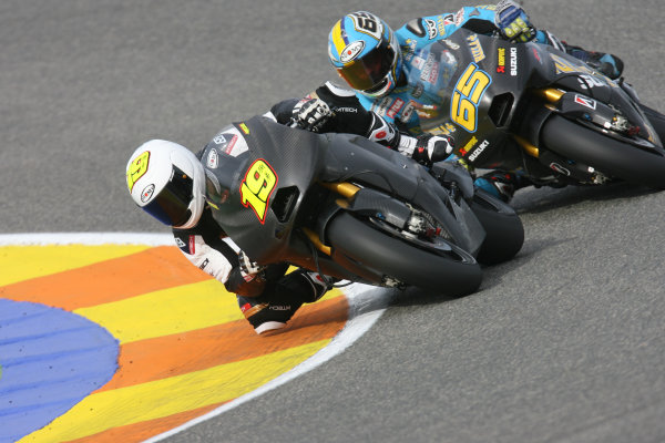 Valencia, Spain. 10th November 2009.Rizla Suzuki team mates Alvaro Bautista and Loris Capirossi.World Copyright: Martin HEath/LAT Photographicref: Digital Image SE5K1782
