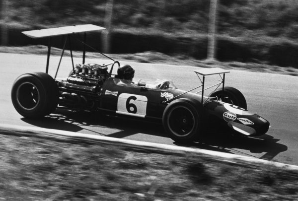 St Jovite, Canada. 22 September 1968.Jochen Rindt, Brabham BT26-Repco, retired, action.World Copyright: LAT PhotographicRef: Motor b&w print