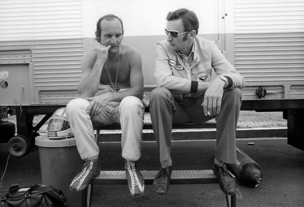 Mike Hailwood (GBR) McLaren, who crashed out of the race on lap 12, chews his nails as he talks with Phil Kerr (NZL) McLaren Racing Director.