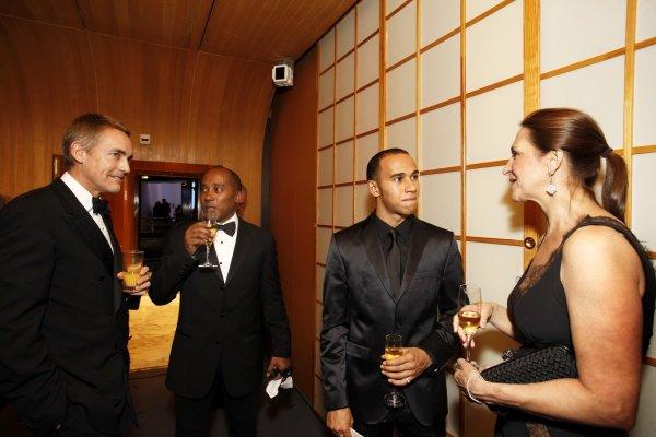 (L to R): Martin Whitmarsh (GBR) McLaren Managing Director, Anthony Hamilton (GBR) and Lewis Hamilton (GBR). FIA Gala Awards Ceremony, Monte Carlo, Monaco, 12 December 2008.