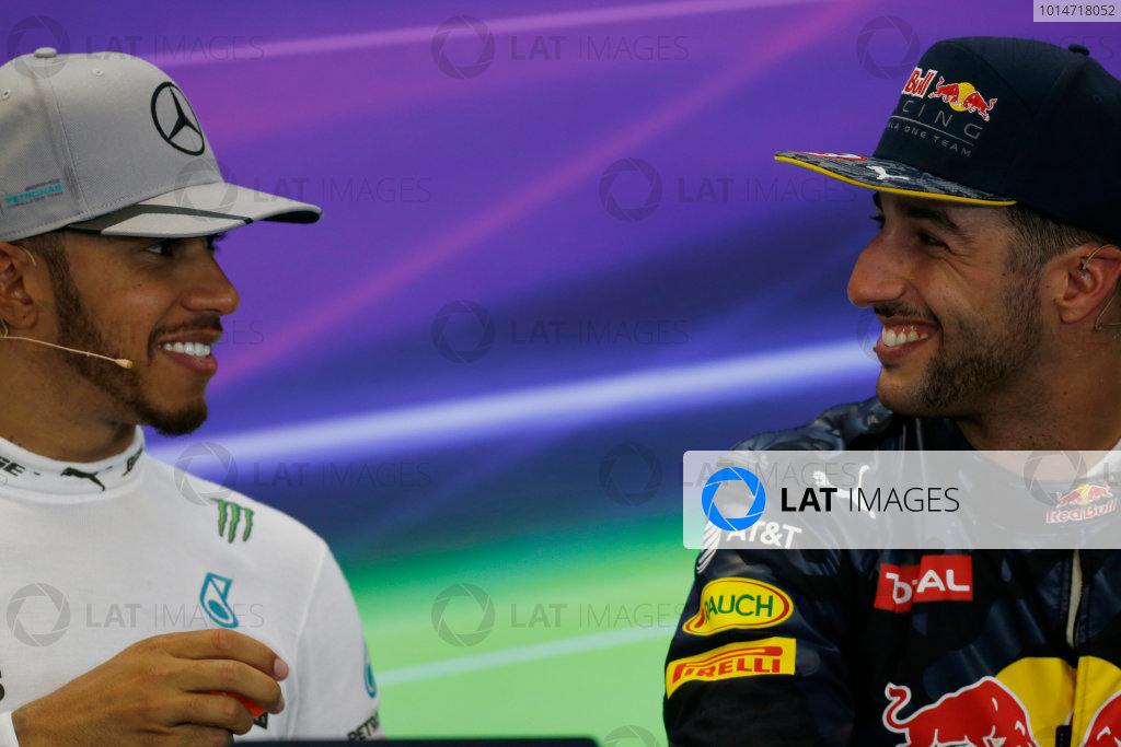 Circuit of the Americas, Austin Texas, USA. Sunday 23 October 2016. Lewis Hamilton, Mercedes AMG, 1st Position, and Daniel Ricciardo, Red Bull Racing, 3rd Position, in the Press Conference. World Copyright: Sam Bloxham/LAT Photographic ref: Digital Image _SBB2073