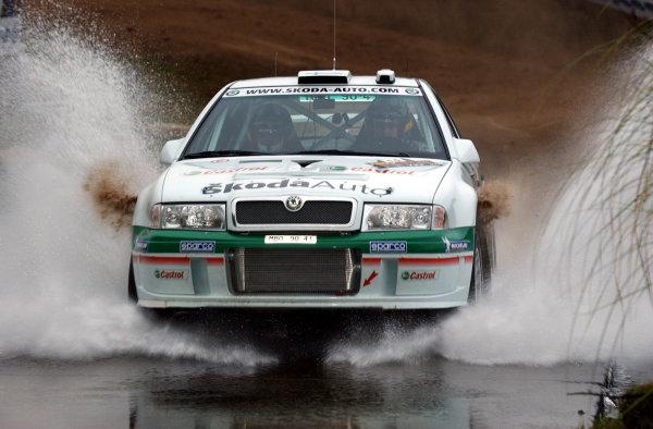 World Rally Championship, Rally of Argentina, May 17-20, 2002.Toni Gardemeister during shakedown.Photo: Ralph Hardwick/LAT