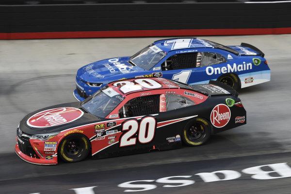 #20: Christopher Bell, Joe Gibbs Racing, Toyota Camry Rheem, #1: Elliott Sadler, JR Motorsports, Chevrolet Camaro Chevrolet OneMain Financial