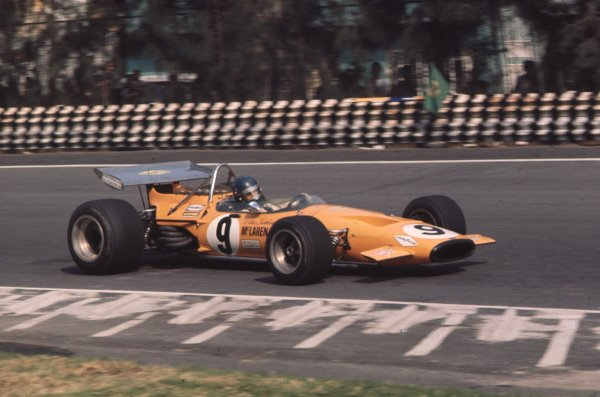 1970 Mexican Grand Prix.Mexico City, Mexico.23-25 October 1970.Peter Gethin (McLaren M14A Ford).Ref-70 MEX 45.World Copyright - LAT Photographic