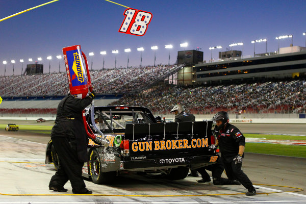28 September, 2013, Las Vegas, Nevada USA Joey Coulter pit stop © 2013, Russell LaBounty LAT Photo USA