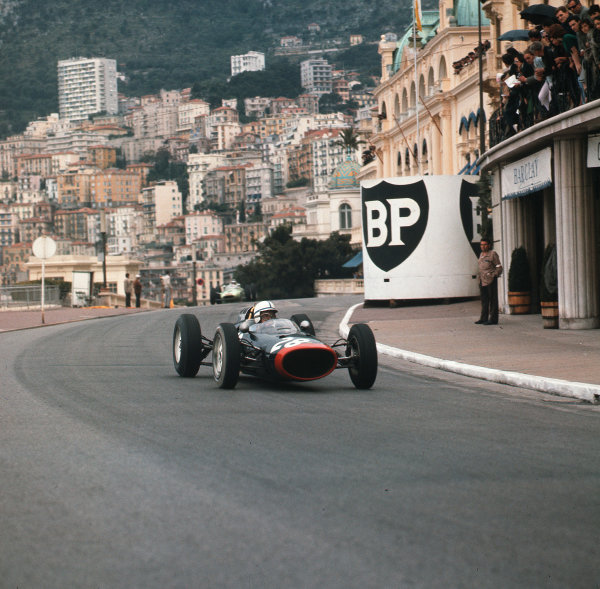 Monte Carlo, Monaco.31/5-3/6 1962.John Surtees (Lola Mk4 Climax) 4th position.Ref-3/0495.World Copyright - LAT Photographic