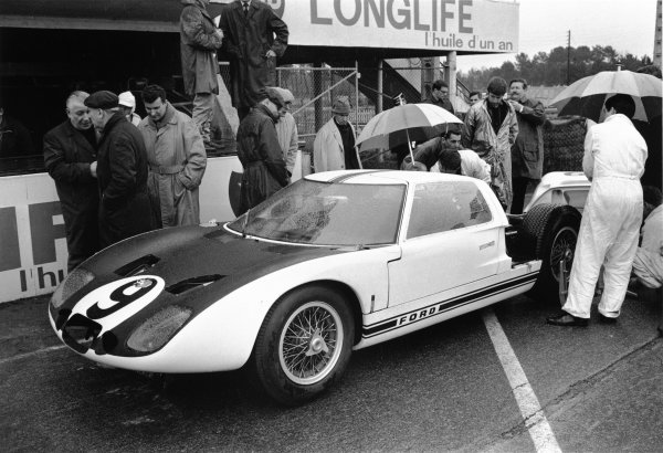 Le Mans, France. 18th - 19th April 1964.