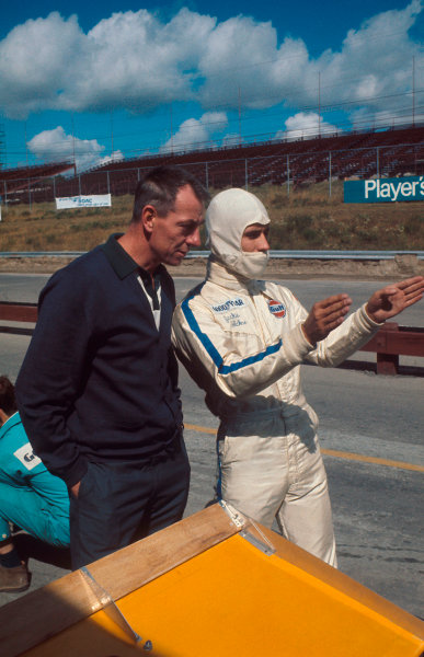 1969 Canadian Grand Prix.Mosport Park, Ontario, Canada. 18-20 September 1969.Jacky Ickx (Brabham/MRD) 1st position, with Brabham chief designer Ron Tauranac. Ref-69 CAN 97.World Copyright - LAT Photographic