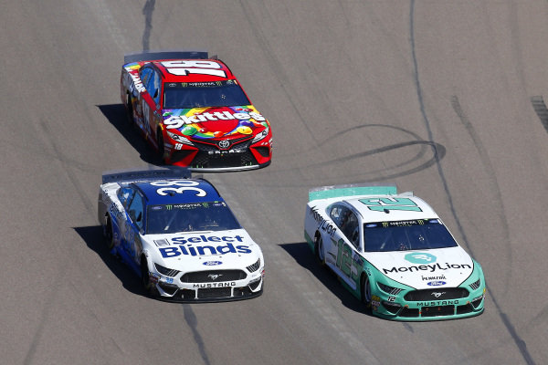 #12: Ryan Blaney, Team Penske, Ford Mustang MoneyLion, #38: David Ragan, Front Row Motorsports, Ford Mustang Select Blinds and #18: Kyle Busch, Joe Gibbs Racing, Toyota Camry SKITTLES