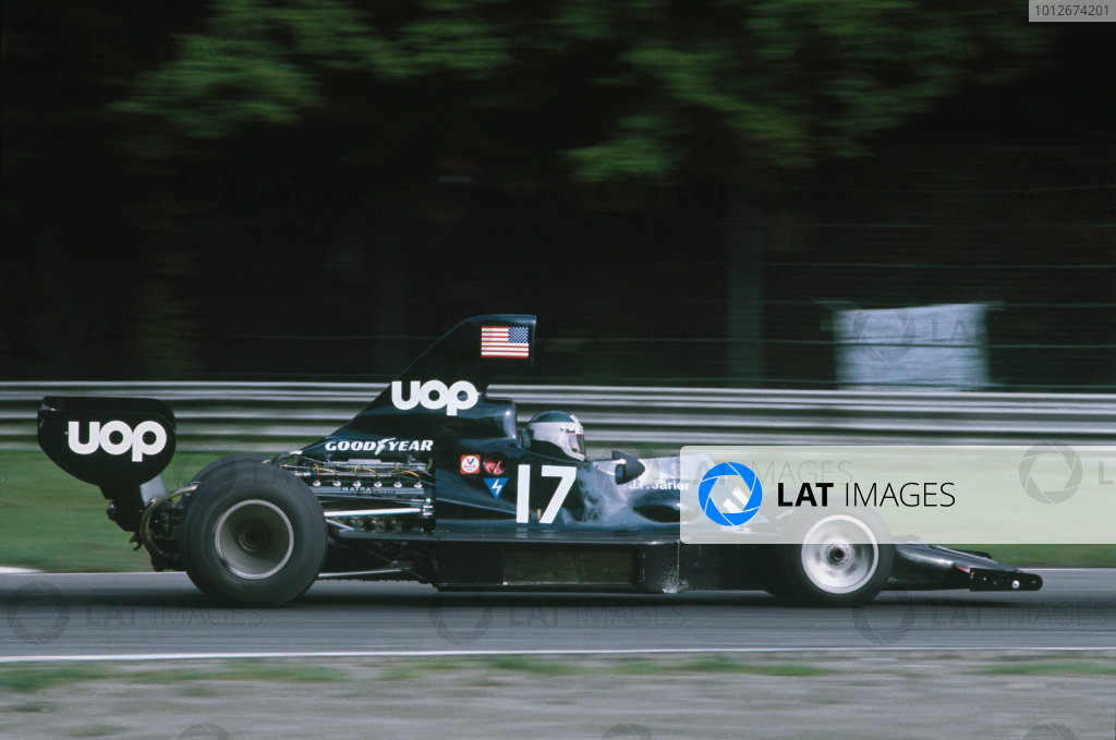 Monza, Italy. 7th September 1975. Jean-Pierre Jarier (Shadow DN7-Matra), retired, action. World Copyright: LAT Photographic. Ref: 75ITA09