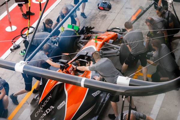 Autodromo Nazionale di Monza, Italy. Thursday 31 August 2017. The McLaren team practice pit stops. World Copyright: Steven Tee/LAT Images  ref: Digital Image _R3I1919