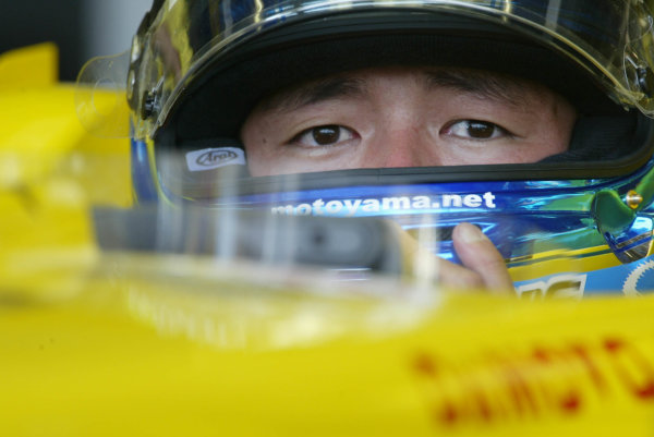 2003 Japanese Grand Prix - Friday Qualifying,