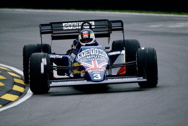 1984 British Grand Prix.Brands Hatch, England.20-22 July 1984.Stefan Johansson (Tyrrell 012 Ford).Ref-84 GB 46.World Copyright - LAT Photographic