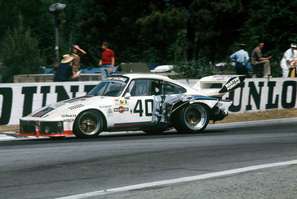 Le Mans, France. 12th - 13th June 1976.Rolf Stommelen/Manfred Schurti (Porsche 935), 4th position, action. World Copyright: LAT Photographic.Ref: 76LM14.