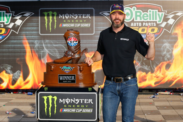 2017 Monster Energy NASCAR Cup Series O'Reilly Auto Parts 500 Texas Motor Speedway, Fort Worth, TX USA Sunday 9 April 2017 Jimmie Johnson celebrates in victory lane  World Copyright: Russell LaBounty/LAT Images ref: Digital Image 17TEX1rl_5513