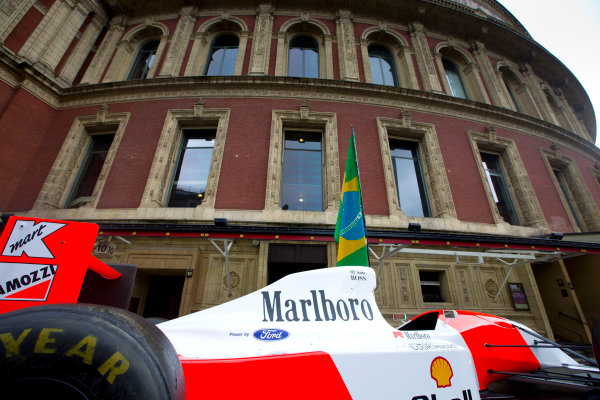 2014 Ayrton Senna Tribute. Royal Albert Hall, Kensington Gore, London. 1st May 2014. Peter Ratcliffe parades a replica 1993 Ayrton Senna McLaren around the streets of London. World Copyright: Alastair Staley / LAT Photographic. Ref: _R6T0317.jpg