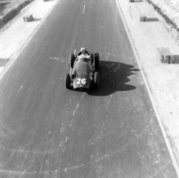 Maurice Trinitgnant, BRM 25.