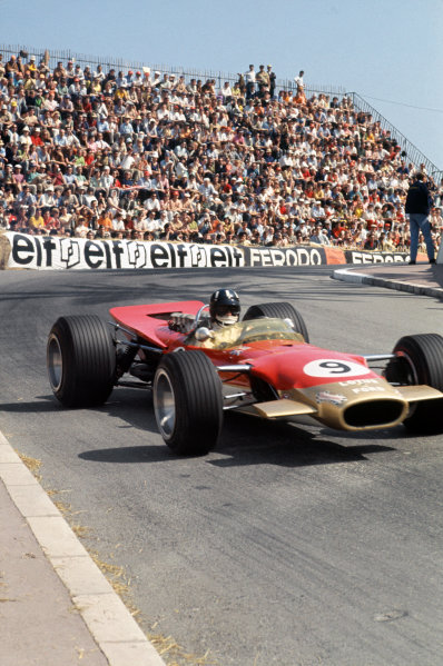 Monte Carlo, Monaco. 23-26 May 1968. Graham Hill (Lotus 49B Ford) 1st position.Ref-68MON01. World Copyright - LAT Photographic