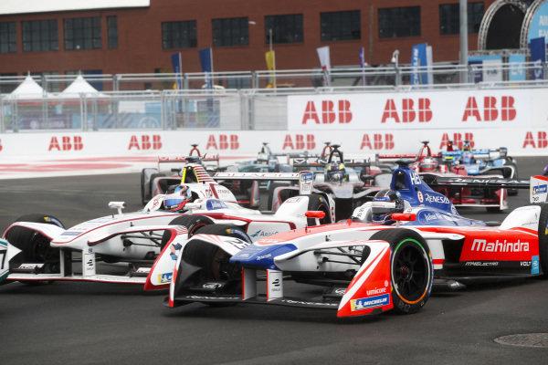Nick Heidfeld (GER), Mahindra Racing, Mahindra M4Electro, leads Jose Maria Lopez (ARG), Dragon, Penske EV-2.