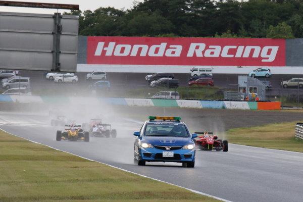 2016 Japanese Formula 3 Championship. Motegi, Japan. 20th - 21st August 2016. Rd 11 & 12. Safety car start of the Round 11. action World Copyright : Yasushi Ishihara/LAT Photographic Ref : 2016JF3_R11&12_001