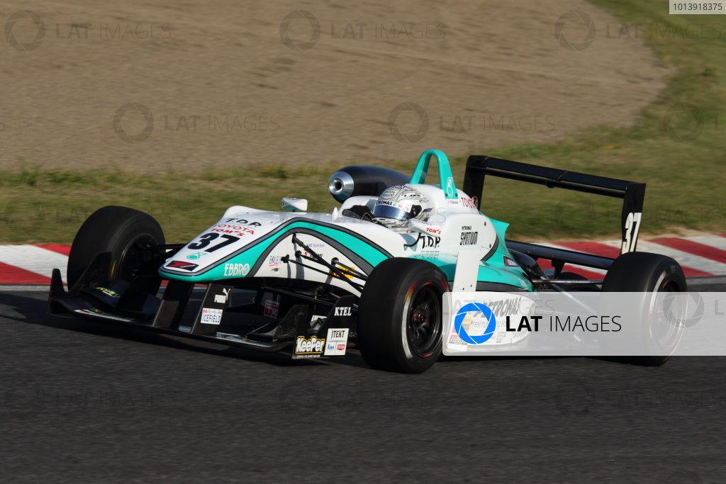 Suzuka, Japan. 13th - 14th April 2013. Rd 1. Race 1 Winner Takamoto Katsuata ( #37 PETRONAS TEAM TOM'S ) action World Copyright: Yasushi Ishihara/LAT Photographic Ref: 2013_JF3_Rd1&2_004