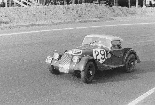 Le Mans, France.23rd - 24th June 1962.Chris Lawrence/Richard Shepard-Baron, Morgan Plus 4 Triumph, 13th position overall, 11th in GT Class, action.World Copyright: LAT PhotographicRef: 9951F-29A