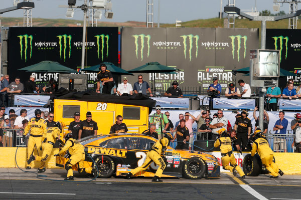 Monster Energy NASCAR Cup Series Monster Energy NASCAR All-Star Race Charlotte Motor Speedway, Concord, NC USA Friday 19 May 2017 Matt Kenseth, Joe Gibbs Racing, DEWALT Benefiting Wounded Warriors Project Toyota Camry World Copyright: Matthew T. Thacker LAT Images ref: Digital Image 17CLT1mt1415