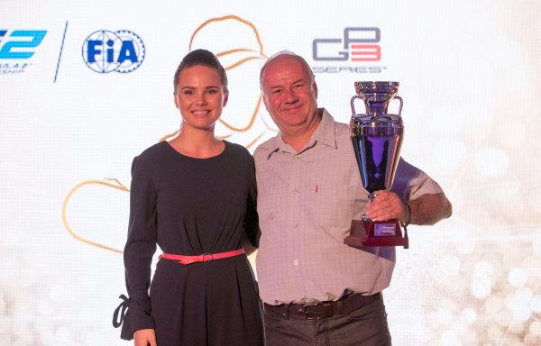 2017 Awards Evening. Yas Marina Circuit, Abu Dhabi, United Arab Emirates. Sunday 26 November 2017.  Photo: Zak Mauger/FIA Formula 2/GP3 Series. ref: Digital Image _56I3602