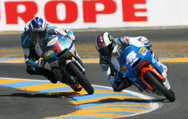 France LeMans 21- 23 May 2010Pol Espargaro Tuenti Racing Derbi leads the 125cc race from Nico Terol