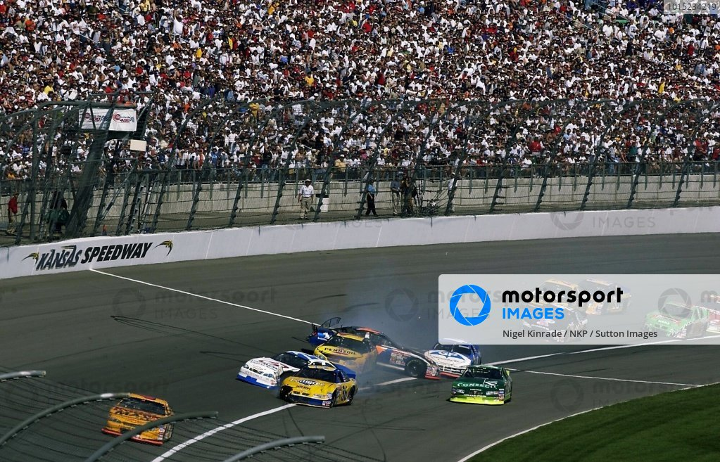 NASCAR Winston Cup Series NC32B Photo | Motorsport Images