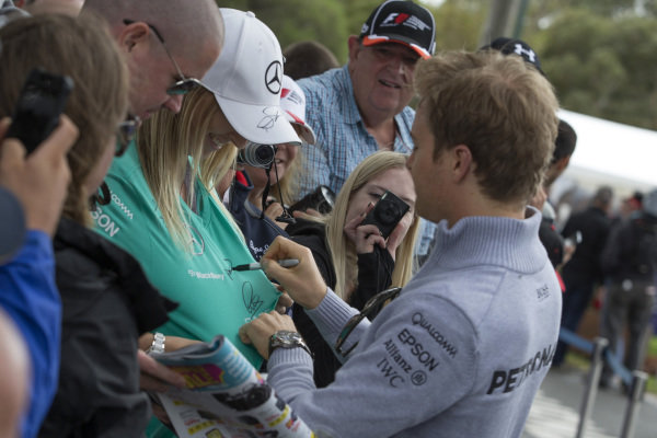 Nico Rosberg (GER) Mercedes AMG F1 signs autographs for the fans at Formula One World Championship, Rd1, Australian Grand Prix, Practice, Albert Park, Melbourne, Australia, Friday 18 March 2016.