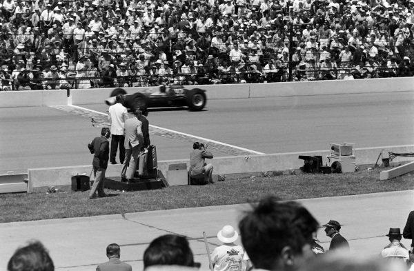 Jim Clark, Lotus 29 Ford.