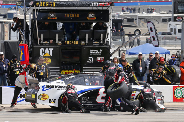 #8: Daniel Hemric, Richard Childress Racing, Chevrolet Camaro Bulwark FR / Wayne Workwear pit stop