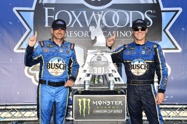 #4: Kevin Harvick, Stewart-Haas Racing, Ford Mustang Busch Beer / National Forest Foundation wins