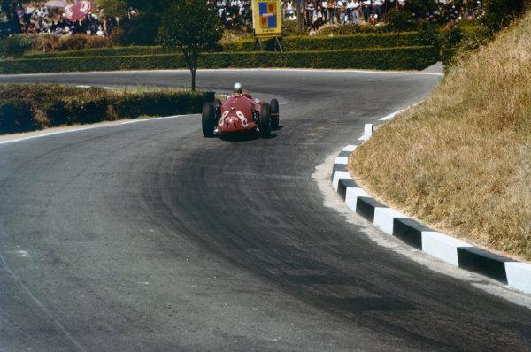Pescara, Italy. 16-18 August 1957. Giorgio Scarlatti, Maserati 250F, 6th position. Ref: 57PES01. World Copyright - LAT Photographic