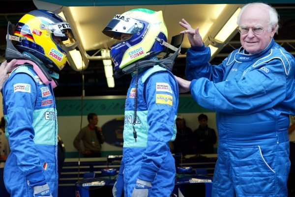(L to R): Sauber drivers Nick Heidfeld (GER) and Felipe Massa's (BRA) are using HANS devices in a race meeting for the first time, as approved by FIA Doctor Sid Watkins (GBR). 