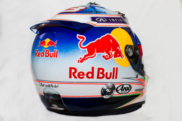 Circuito de Jerez, Jerez, Spain. Tuesday 3 February 2015. Helmet of Daniel Ricciardo, Red Bull Racing.  World Copyright: Red Bull Racing (Copyright Free FOR EDITORIAL USE ONLY) ref: Digital Image 2015_RED_BULL_HELMET_01